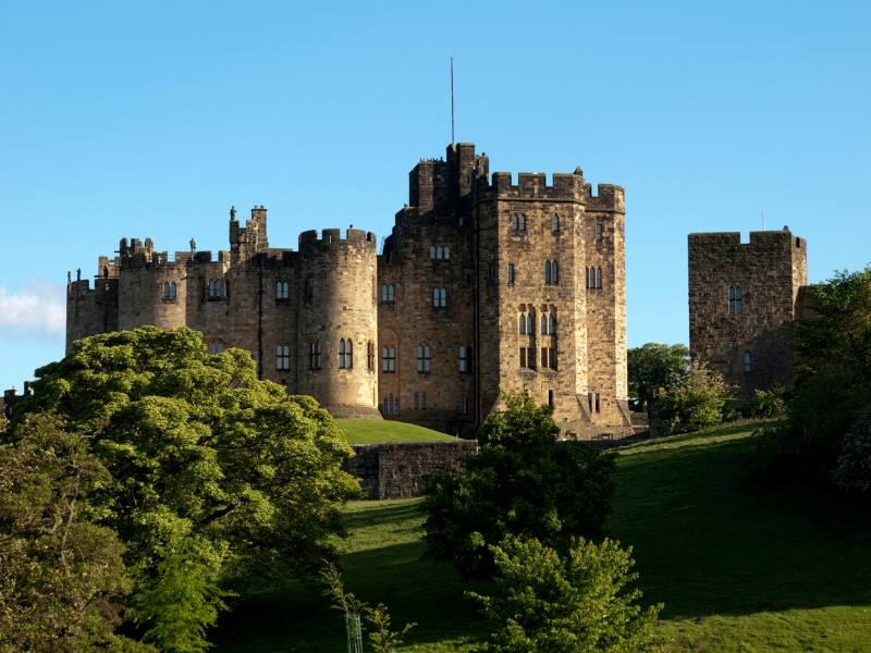 A picture of Alnwick Castle one of my top 10 places to visit in North East England
