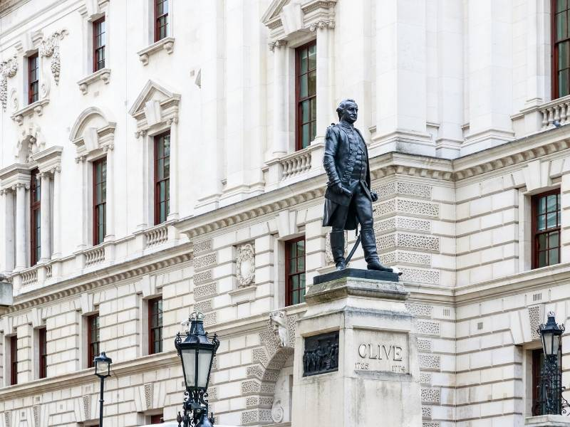 A photo showing the Churchill war Rooms and  Robert Clive Memorial statue in London one of the best virtual tours of London