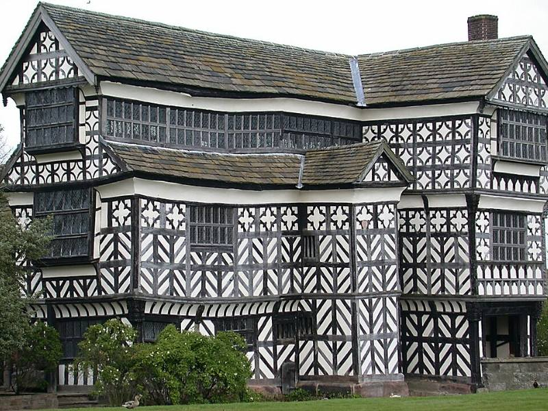 A picture of an old tudor building in England one of the top places to go in North West England