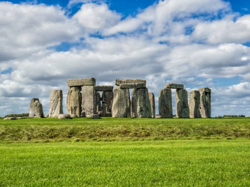 An image of Stonehenge one of the most well known and famous landmarks in the UK