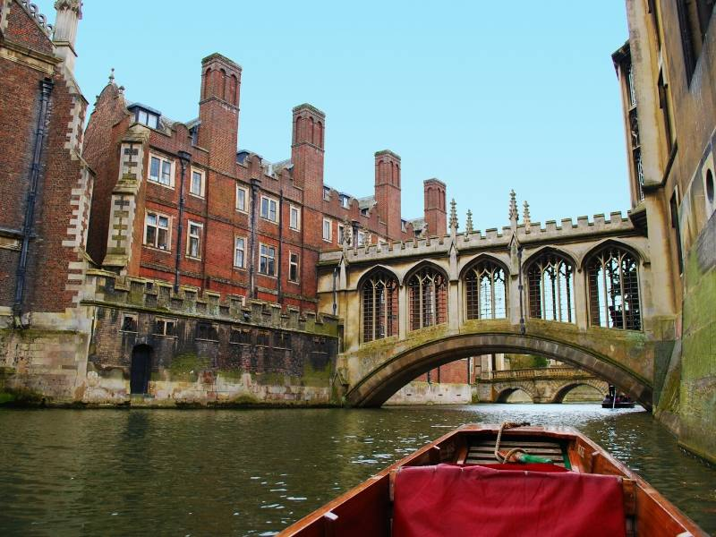 A punt along the river cam in cambridge in one of the best cities in England to visit