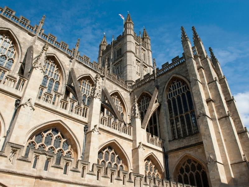 An image of Bath Abbey which is one of the most popular places to do in Bath