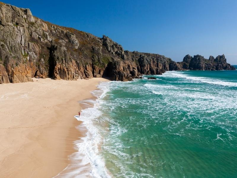 Beach in Cornwall - Cornwall Travel Guide