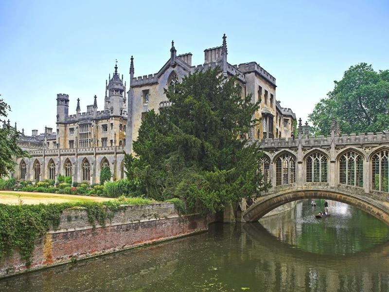 Cambridge University and the river Cam.