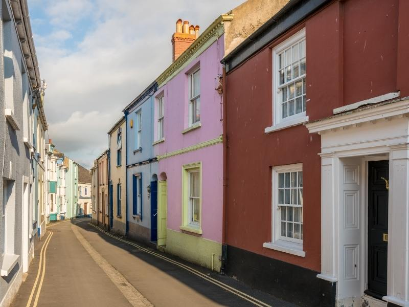 Colourful houses in Appledore.
