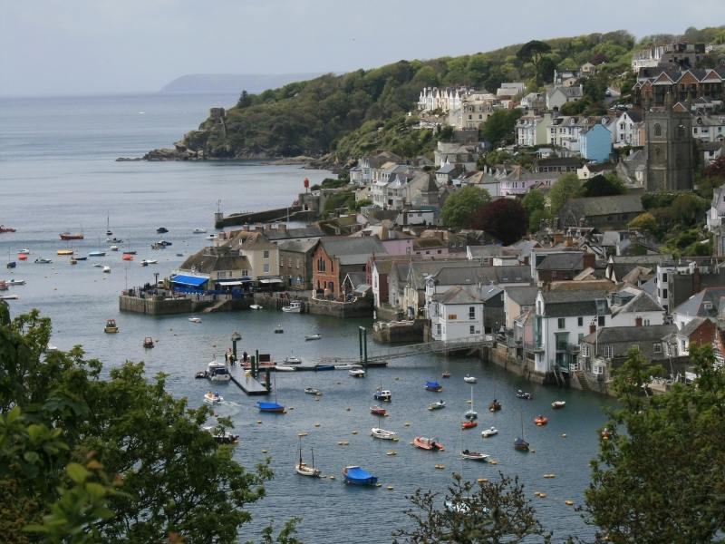 Fowey in Cornwall is one of the best places to stay in Cornwall.